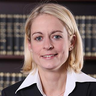 Dr. Bettina Grötzinger